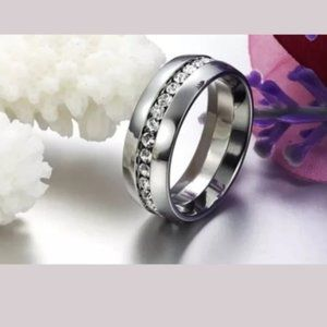 Silver Stainless Steel • Band Ring • Size: 5